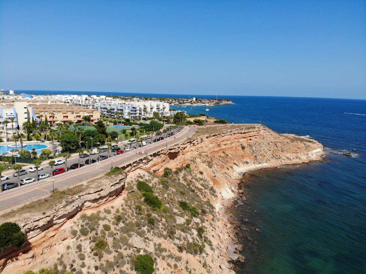 Hvorfor bør du kjøpe bolig langs Costa Blanca?
